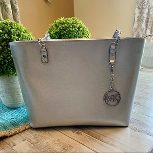 Silver Micheal Kors Purse